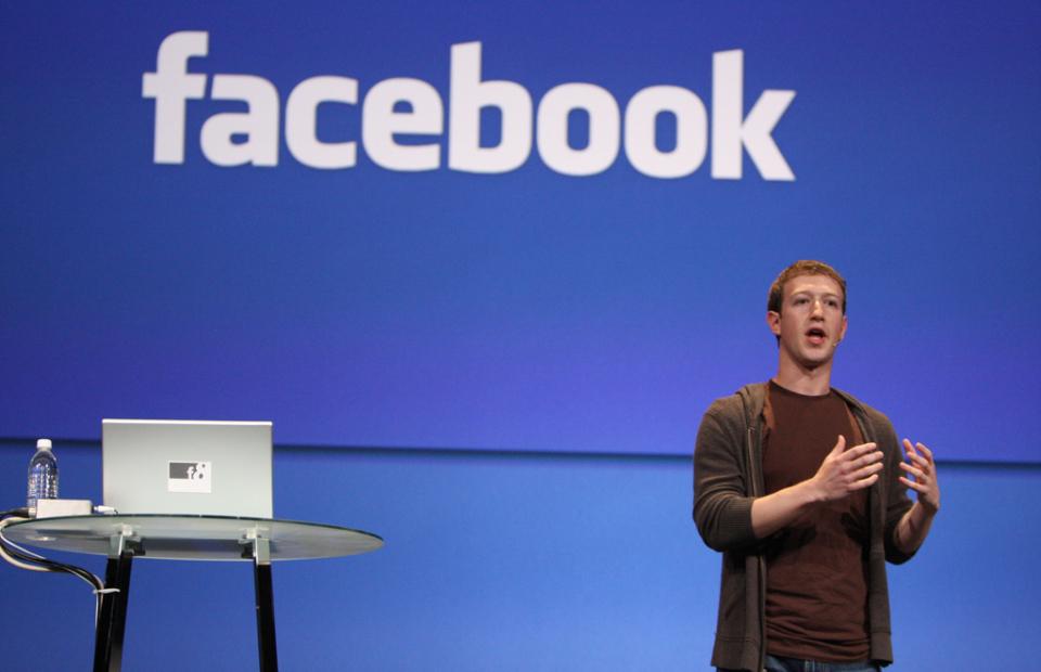 Hvordan din bedrift kan få synlighet med den nye Facebook-algoritmen